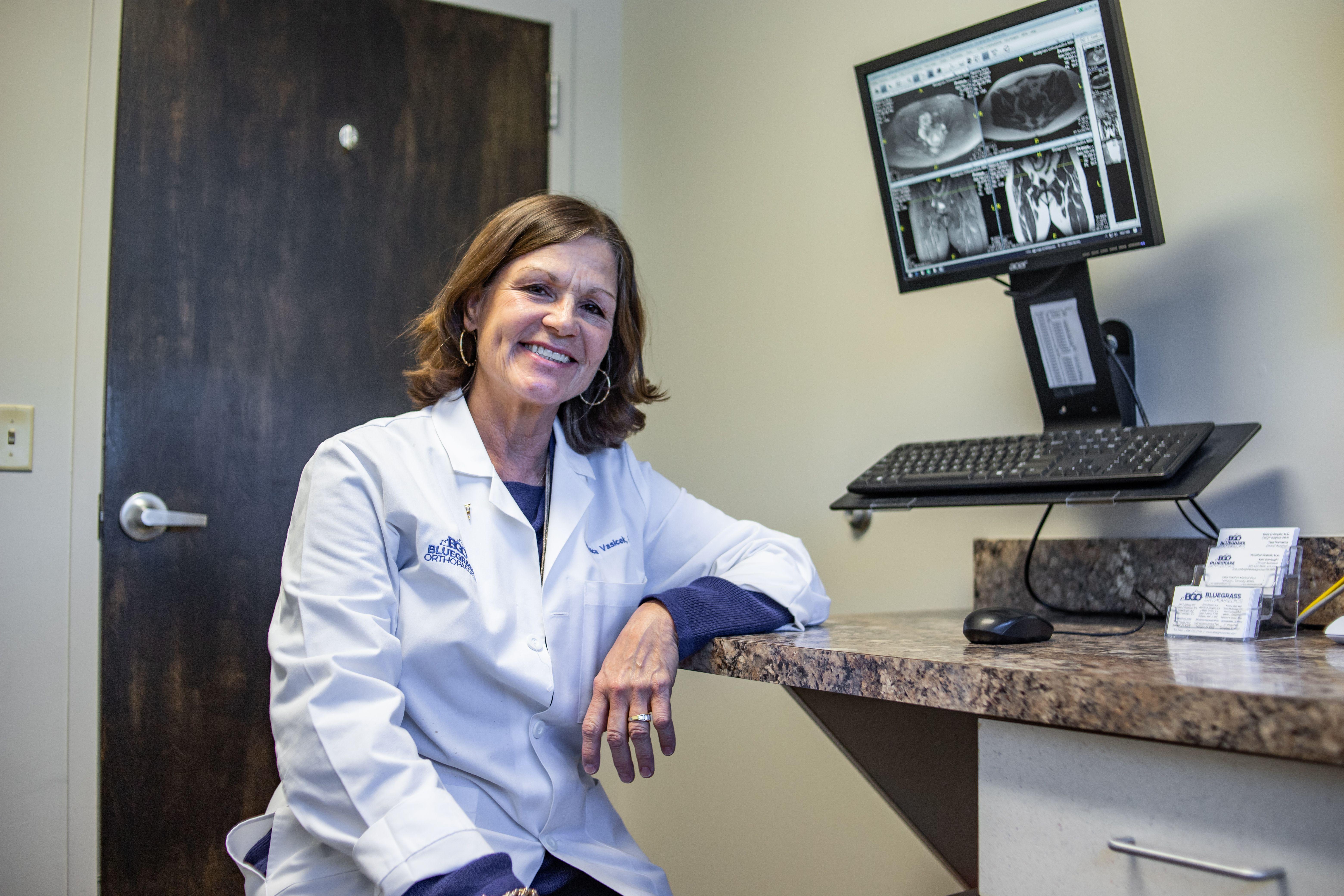 Dr. Veronica Vasicek
