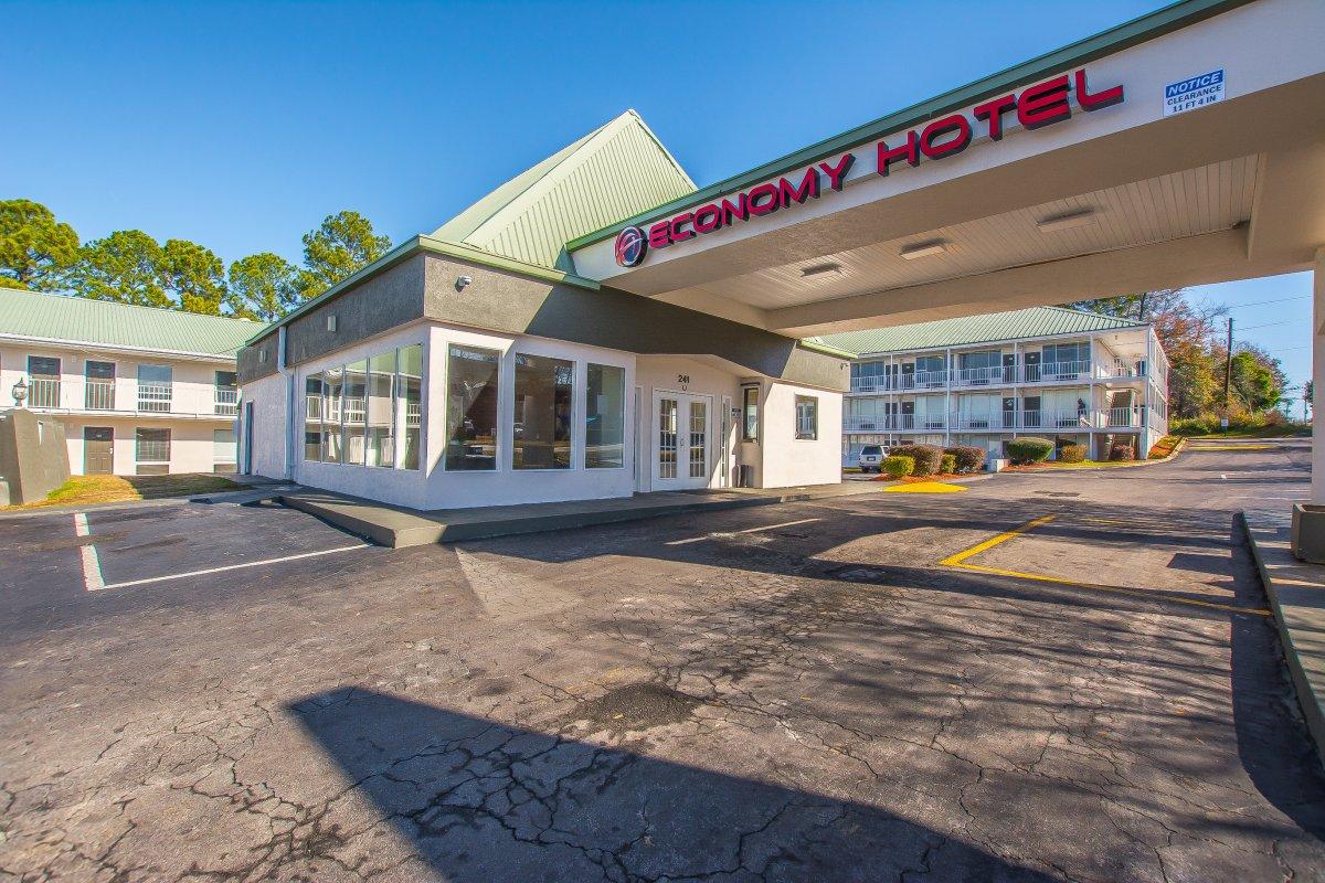 Economy Hotel Airport