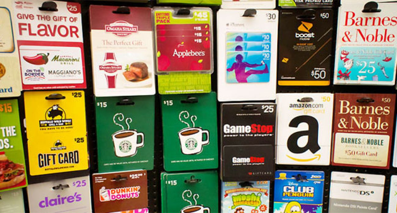 How To Maximize Your Holiday Gift Cards