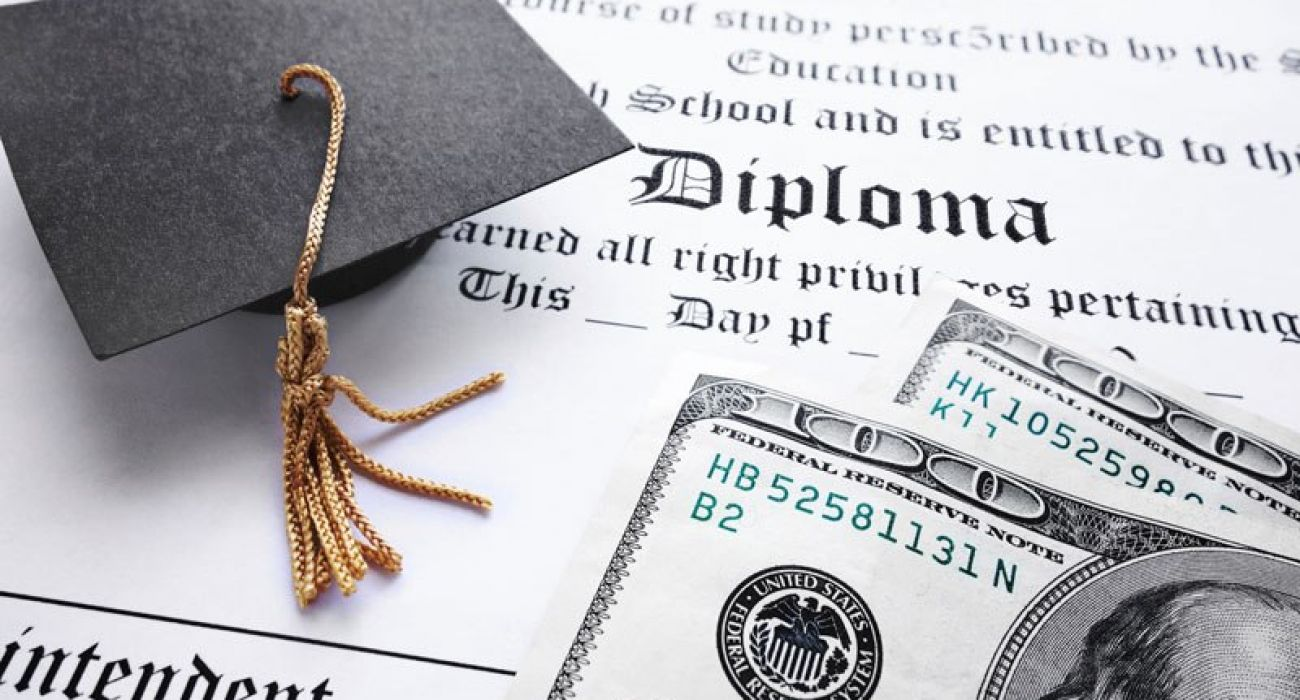 What Every Student Needs To Know About Student Loans As They Graduate