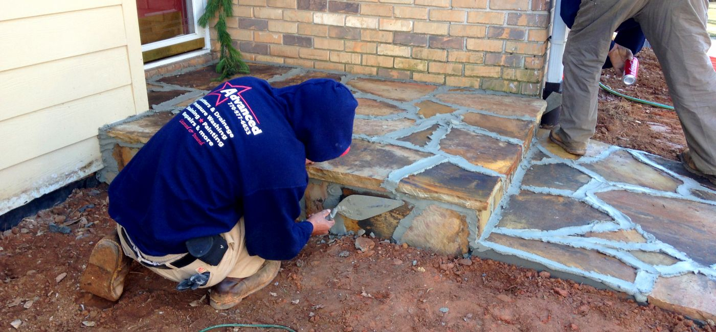 Flagstone walkway, applying mortor