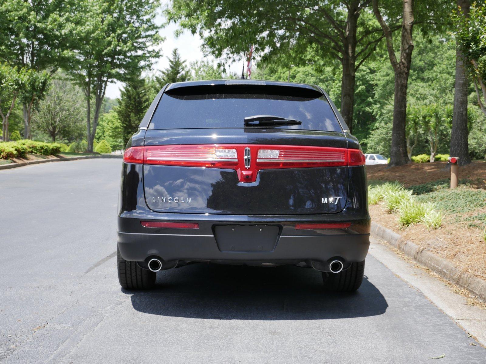 MK 6-Door Lincoln Limousine