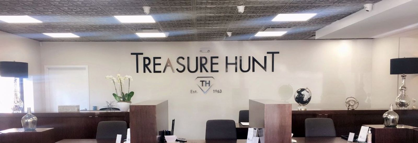 Hero & Pompano Beach FL Location | Treasure Hunt Jewelry