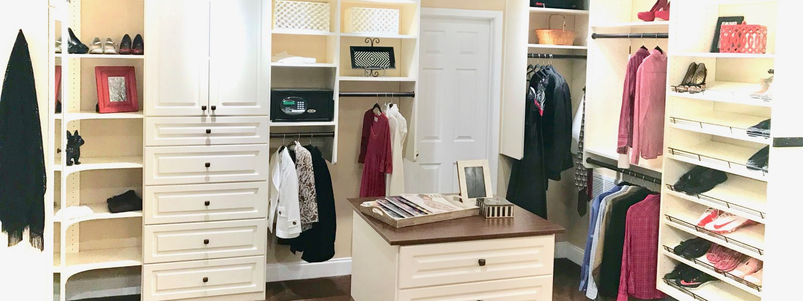 Advantages of a Custom Closet over DIY