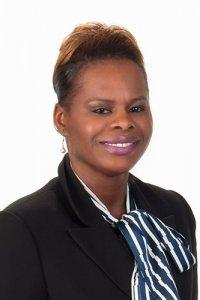 Laura Tshilumba headshot