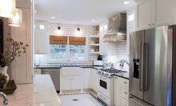Thumbnail control image for Beautiful stainless steel curved hood