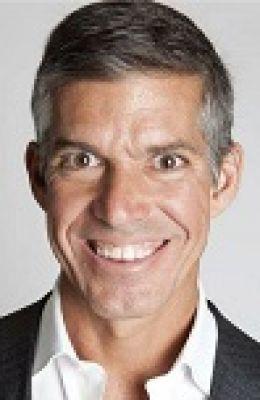 Headshot for Simon Angrove