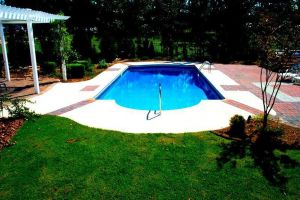 Rectangle Vinyl Pool With Custom Decking