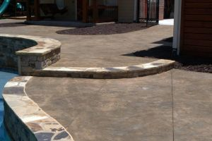 Nat. Med.StackStone/Oklahoma Flagstone Coping