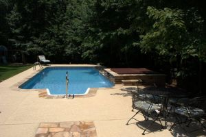 Vinyl Liner Pool with BullFrog Spa