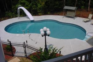 Freeform Vinyl Pool with Slide
