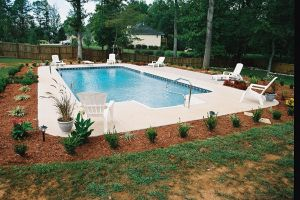Vinyl Liner Pool in Rectangle Form