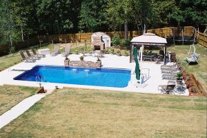 Vinyl Liner Rectangle Pool with Diving Board