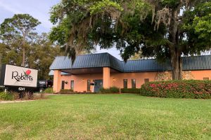 Roberts West Funeral Home