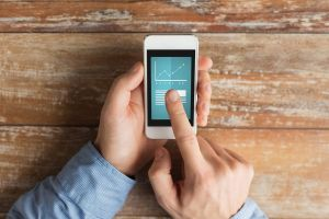 Second-Screen Searches: How to Monetize TV-Watchers' Smartphone Habit