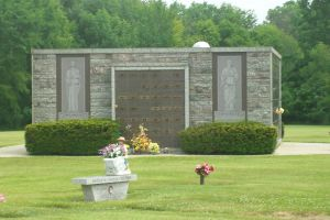 East Lawn Memory Gardens