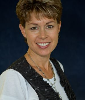 Picture of Lisa Mohesky, OTR/L, CHT