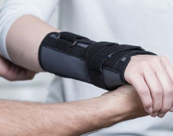 Preview image for What to do when I have an upper extremity fracture?