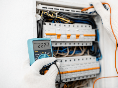 Upgrading Your Circuit Breakers & Panels