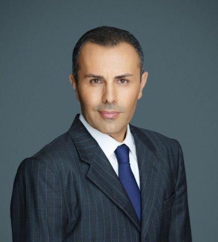 B. Robert Farzad