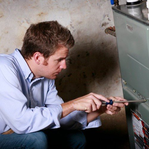 Four Ways to Lower Your Energy Bills This Winter  image