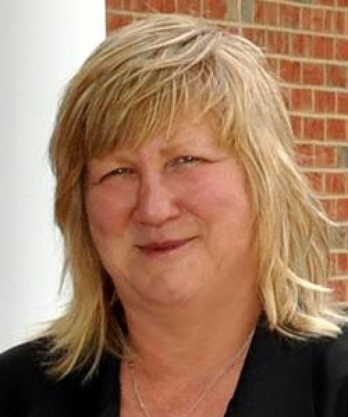 Headshot for Tammy Brady