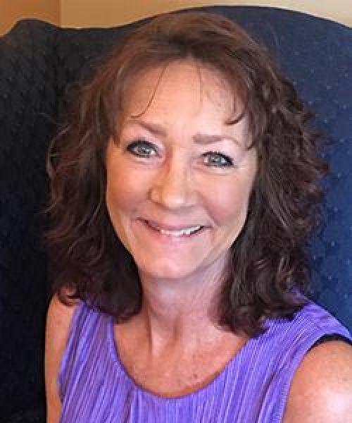 Headshot for Debi Ricci