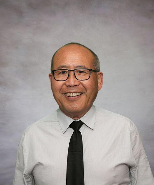 Headshot for Kalle Kang, MD