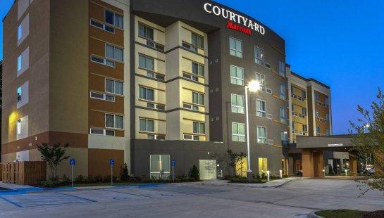 Courtyardby Marriott