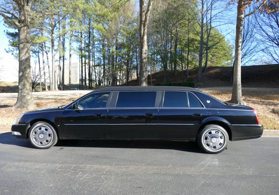 S&S CADILLAC LIMO -550200