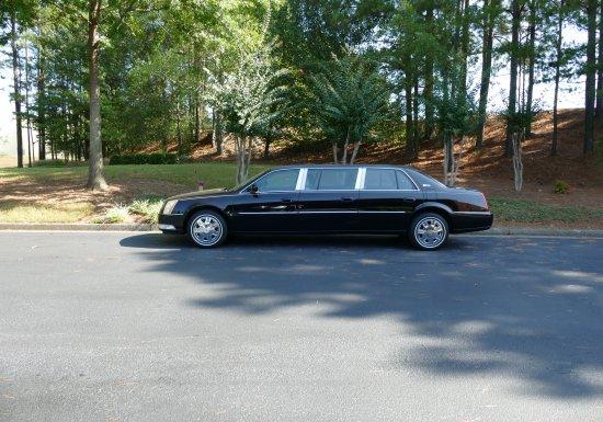 2008 Superior Cadillac Limo 55043