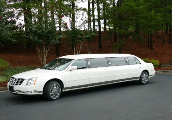 2007 S&S 100 in 5-Door Raised Roof Cadillac Limousine