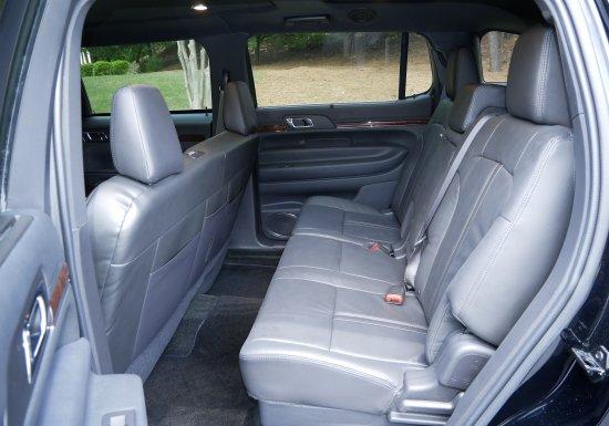 MK Lincoln MKT Limousine