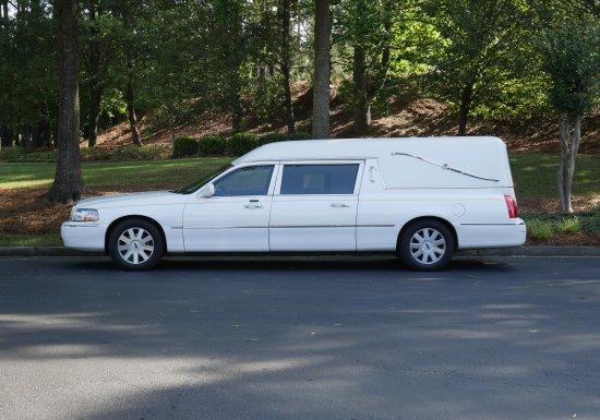 Federal Lincoln Town Car Hearse