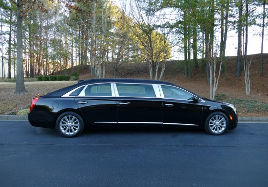 2015 Cadillac Limousine F9550327