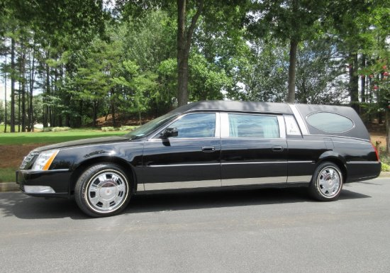 Cadillac Superior Statesman w/ Oval Window