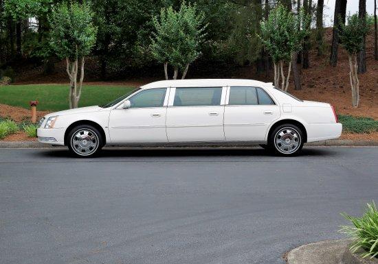 Eagle Cadillac Limousine
