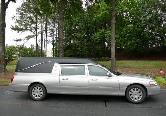2003 Lincoln Hearse 4Y604964