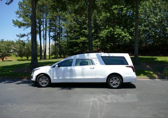 Platinum Master Coach With Window MZ189091