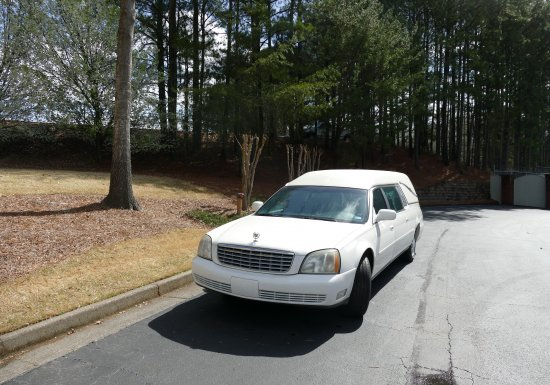 2005 Superior Statesman Cadillac Hearse 5u500310