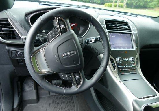 2020 MK Lincoln Grand Legacy LBL34719