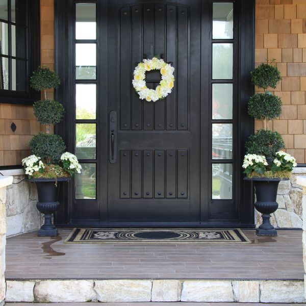 Install a New Front Door to Improve the Look of Your Home