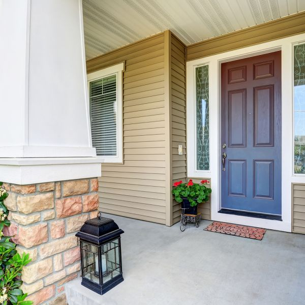 7 Signs It's Time for Replacement Doors
