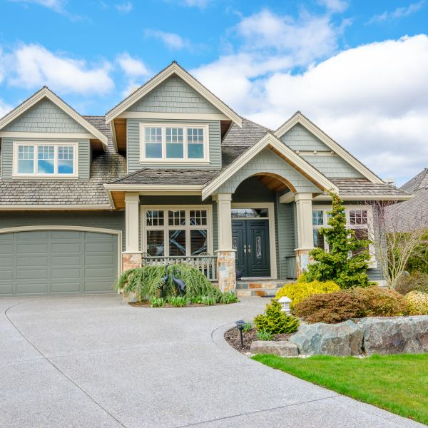 How New Fiberglass Windows Update the Look of Your Home