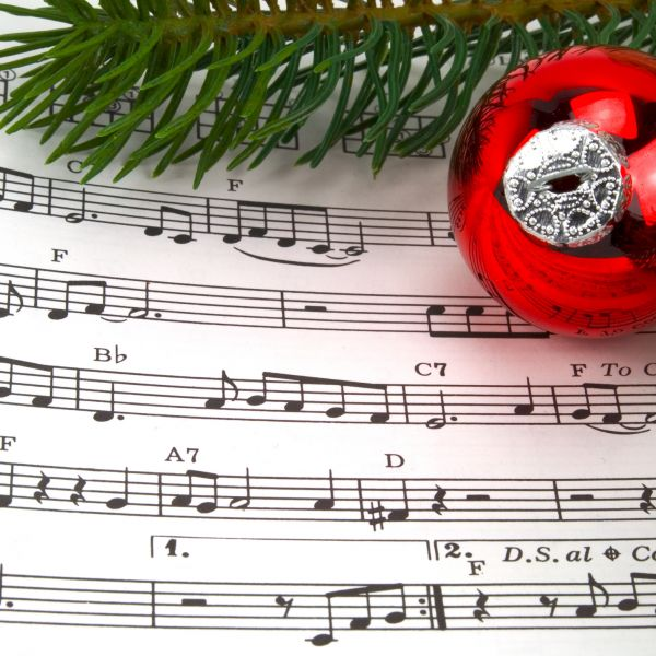 """Margo Rey """"This Holiday Night"""" Is *8 on the Recurring US Holiday Chart!"""