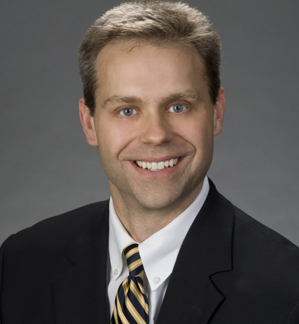 Wayne S. Gilmore headshot