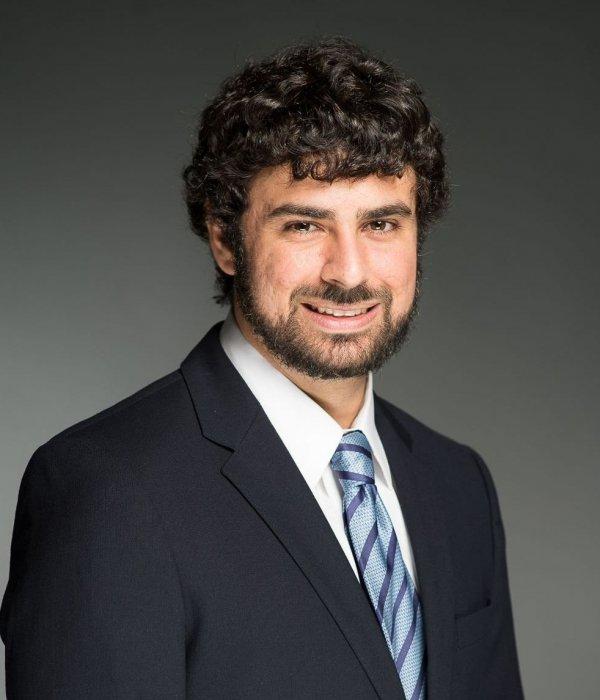 Khalil Farah headshot