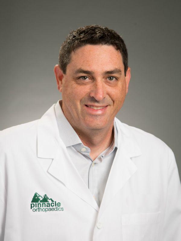 Michael L  Kuczmanski, M D    Pinnacle Orthopaedics
