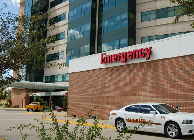 How to choose: Emergency or Urgent Care?