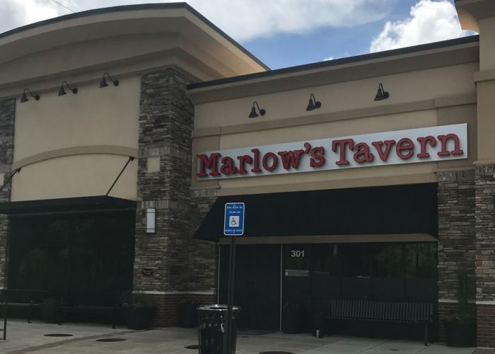 About Marlow's Tavern in Brookhaven